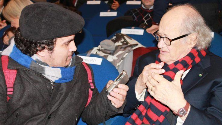 Mario Schiavone che intervista Ugo Gregoretti per Inkistolio,Storie Orticanti. Foto di Annalisa Rascato.Tutti i diritti riservati.