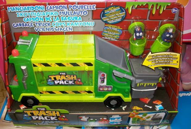 camioncino rifiuti